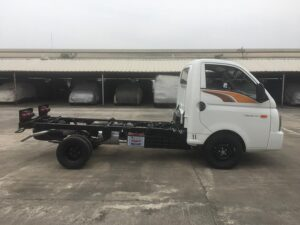 xe tai new porter h150 thung cabin chassis